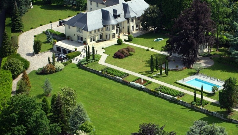 Chateau Bellingham Estate